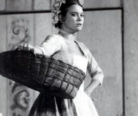 """A teatro con """"La locandiera"""". Intervista immaginaria al termine dello spettacolo"""